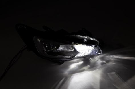 OLM MKII Compact High Beam Headlight Bulbs