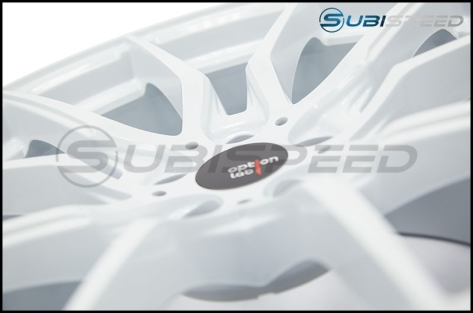Option Lab R716 18x9.5 +35 Onyx White - 2013+ FR-S / BRZ / 86 / 2014+ Forester