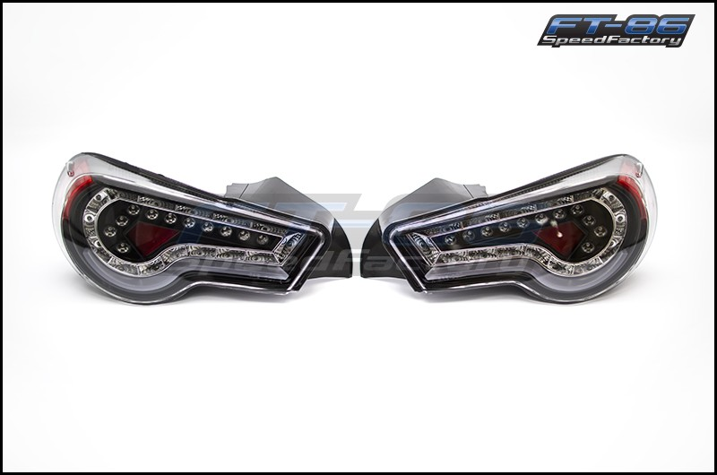Winjet Tail Lights (Glossy Black w/ Clear Lens)
