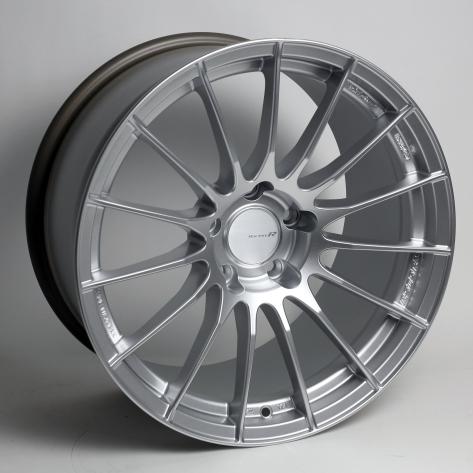Enkei RS05RR Silver Wheels 18x9 +35mm Flat Face - 2015+ WRX / 2015+ STI