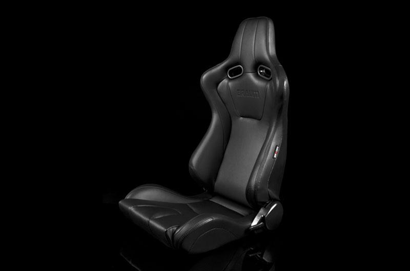 Braum Venom Series Sport Seats - Black Leatherette Pair