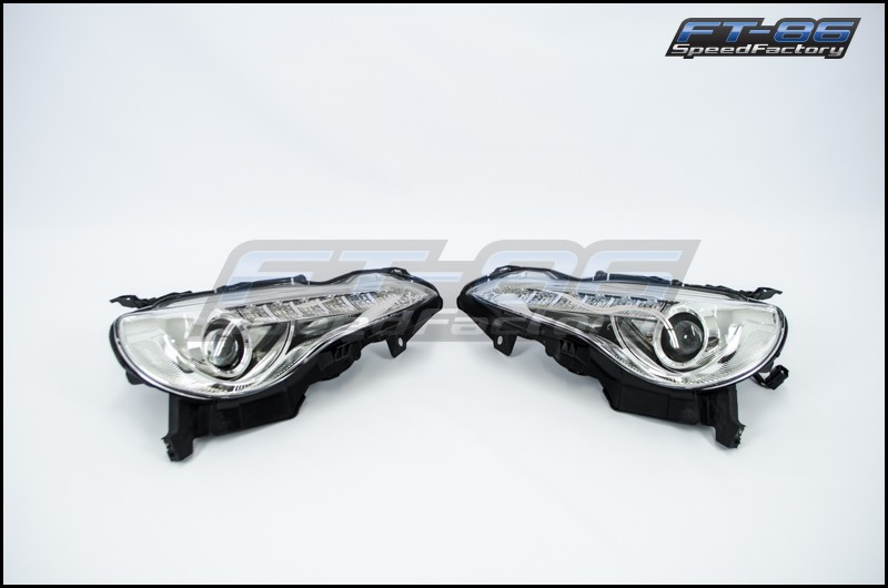 Winjet JDM Headlights (Chrome)